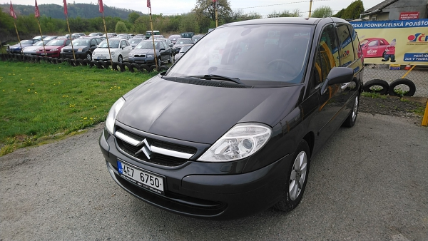 Citroën C8 2.0 Hdi Exclusive - navi,7 míst